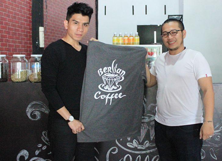 Photo of Berlian Coffee Gallery, Menikmati Kopi dan Karya Lukis