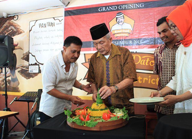 Photo of Rumah Datok Food District Inspirasi Akan Sosok Kakek