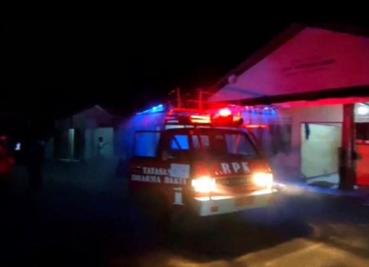 Photo of Masjid At-Taqwa Kelurahan Kauman Disemprot Disinfektan Pasca ODP Meninggal