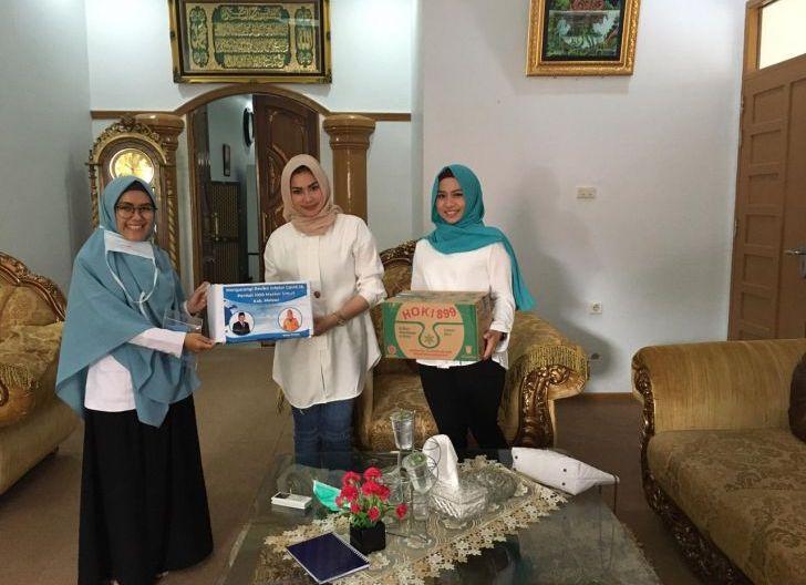 Photo of Berjuang di Tengah Minimnya APD, Tenaga Medis Melawi Berharap Dukungan Masyarakat