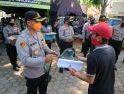 Bantuan Makanan untuk Masyarakat Landak, Dapur Lapangan TNI-Polri Bagikan 350 Nasi Kotak