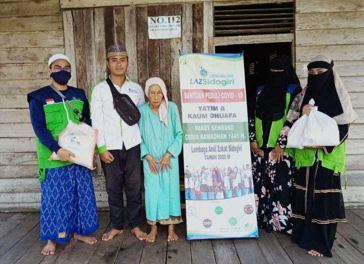 Photo of Yayasan Las Sidogiri Peduli Covid-19, Sembako untuk Kaum Duafa dan Yatim
