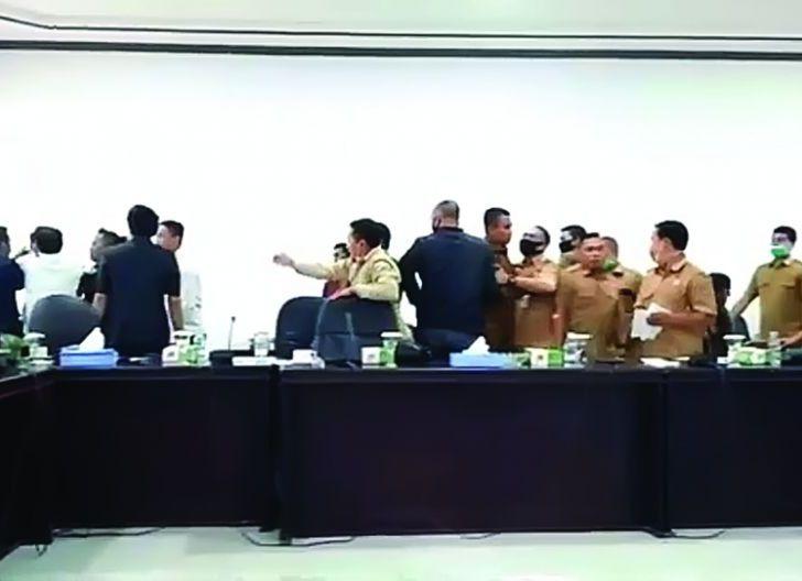 Photo of DPRD KKU Investigasi Ricuh Audiensi Apdesi Soal Bansos