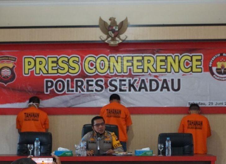 Photo of Polres Bekuk Warga Sanggau Edarkan Sabu di Sekadau