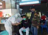 Photo of PCNU Gandeng Dinkes Sanggau Rapid Test Santri Sebelum Kembali Mondok