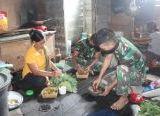 Photo of Nikmatnya Masakan Ala Satgas TMMD Reguler Ke-108 Kodim 1203/Ktp