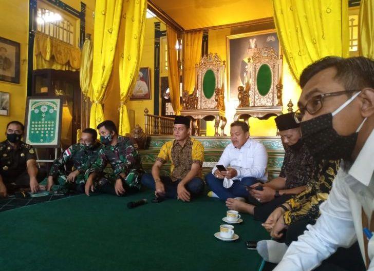 Photo of Sultan Pontianak Imbau Warga Stop Bermain Layang-layang