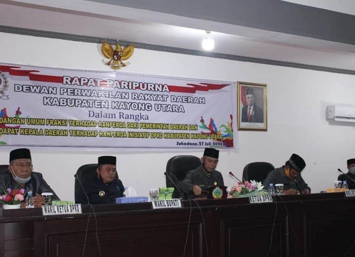 Photo of DPRD Kayong Utara Bahas Sembilan Raperda