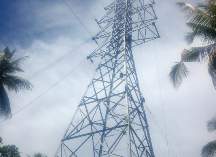 Photo of Bangun Tower Transmisi, PLN Listriki Pulau Meti