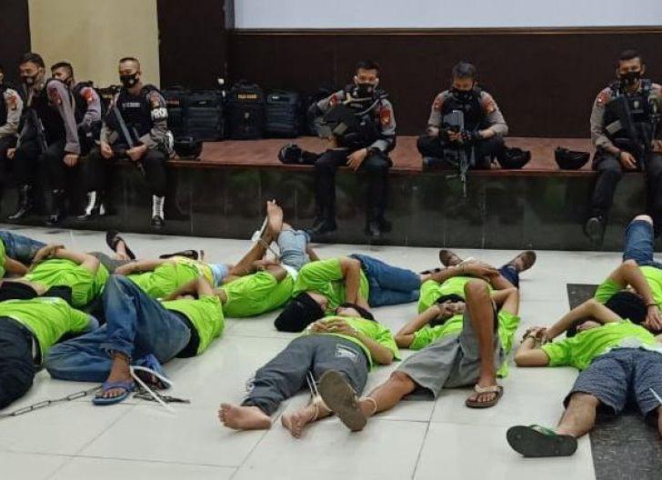 Photo of 43 Bandar Narkoba Kalbar Dipindahkan ke Nusa Kambangan