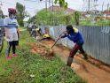 Antisipasi Banjir Saat Curah Hujan Tinggi, Wali Kota Beserta Jajaran Bersihkan Drainase Jalan Antasari