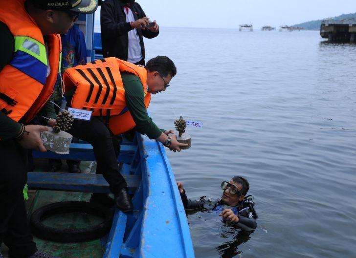 Photo of Dorong pariwisata di Pulau Lemukutan, PLN Kucurkan Bantuan Senilai Rp150 Juta