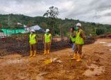 Photo of Plt. Kadinkes Pantau Pembangunan Puskesmas Baru di Jalur Sutra Teriak