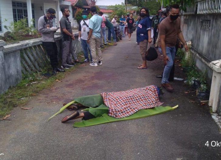 Photo of Sempat Terjadi Pergumulan, Seorang Pria Tewas Di Gang Sawit