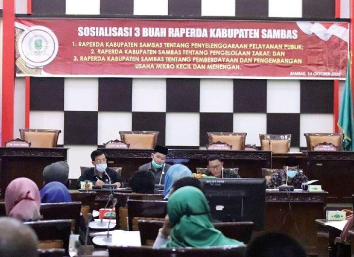 Photo of Upaya Wujudkan Pelayanan Cepat dan Inovatif, DPRD Sambas Sosialisasi Raperda Pelayanan Publik