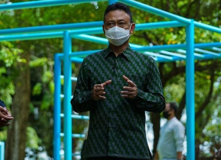 Photo of Wali Kota Pontianak, Edi Rusdi Kamtono, Kebahagiaan Itu Kalau Diri Kita Bermanfaat Bagi Orang Lain