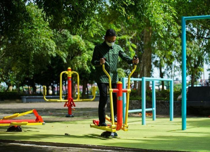 Photo of Lengkapi Sarana dan Prasarana Taman Kota, Pemkot Siapkan Alat Olahraga