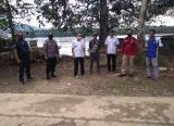 Photo of Polres Sanggau Datangi Lokasi PETI di Desa Nanga Biang, Pastikan Penambangan Sudah Tidak Ada
