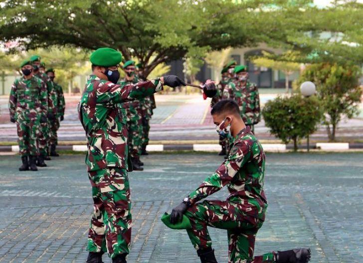 Photo of Kasdam Pimpin Tradisi Penerimaan Warga Baru Kodam XII/Tpr