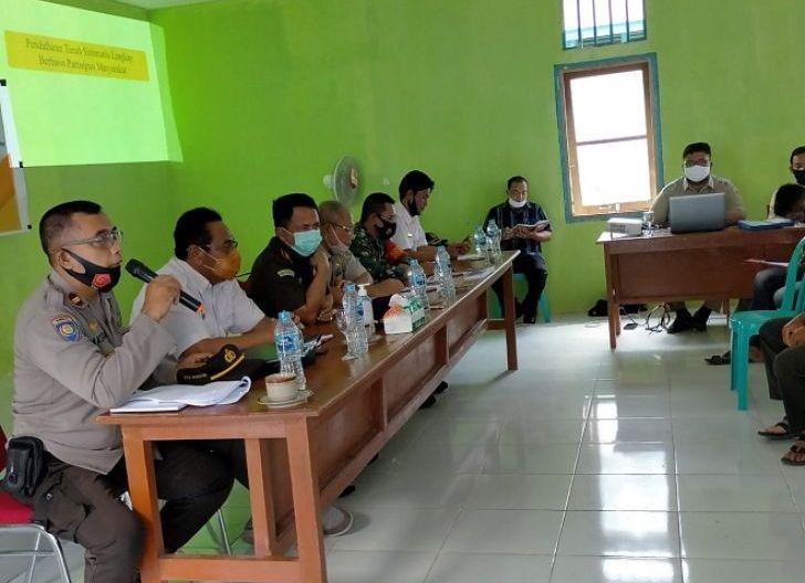 Photo of Badan Pertanahan Nasional Sekadau Sosialisasi Program PTSL-PM