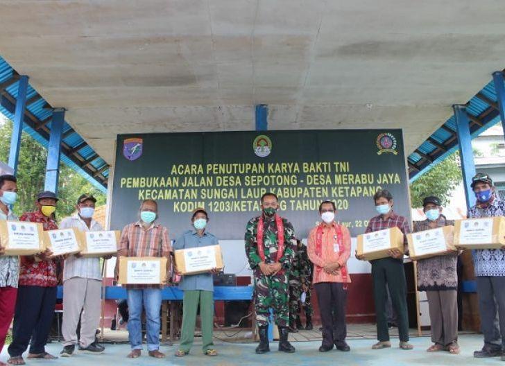 Photo of Mewujudkan Mimpi Masyarakat menjadi Kenyataan melalui Hasil Karya Bakti TNI Kodim 1203/Ktp