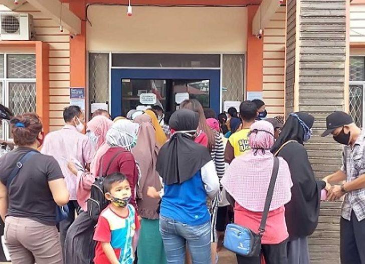 Photo of Kemenkop RI Syaratkan Foto Lokasi Usaha, Disperindagkop dan UKM Singkawang Buka Pendaftaran PEN Tahap II