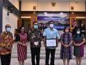 Pemkab Serahkan CSR Award kepada Perusahan-Credit Union, Bentuk Apresiasi dan Motivasi