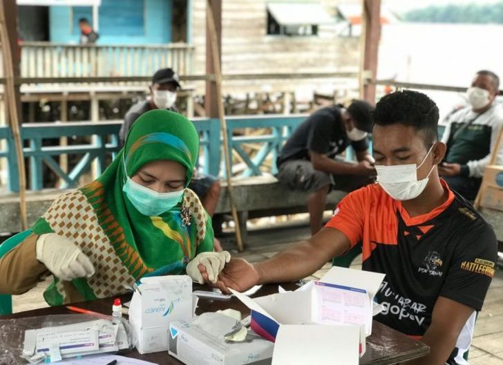 Photo of Operasi Yustisi di Pasar Sekadau Jaring 38 Orang, Disanksi Teguran Tertulis