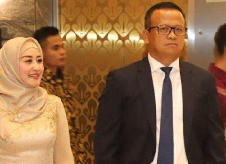 Photo of Ini Sosok Iis Rosita Dewi, Istri Menteri KKP, Edhy Prabowo yang Ditangkap Komisi Pemberantasan Korupsi