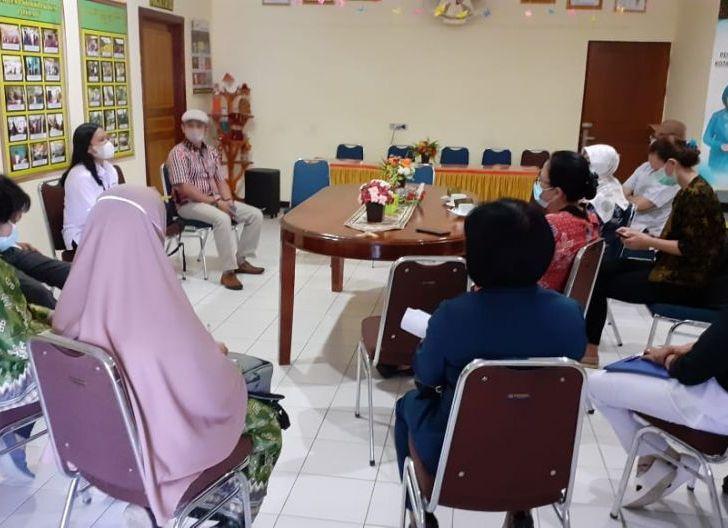 Photo of BKKBN Kalbar Beri Pendampingan Aplikasi Monika