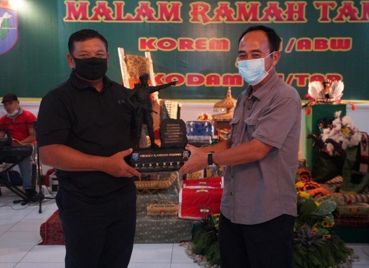 Photo of Brigjen TNI Ronny, S.A.P Jalin Keakraban Melalui Acara Ramah Tamah
