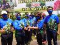 Brigjen TNI Ronny S.A.P Menerima Bibit Pohon Kopi Liberika