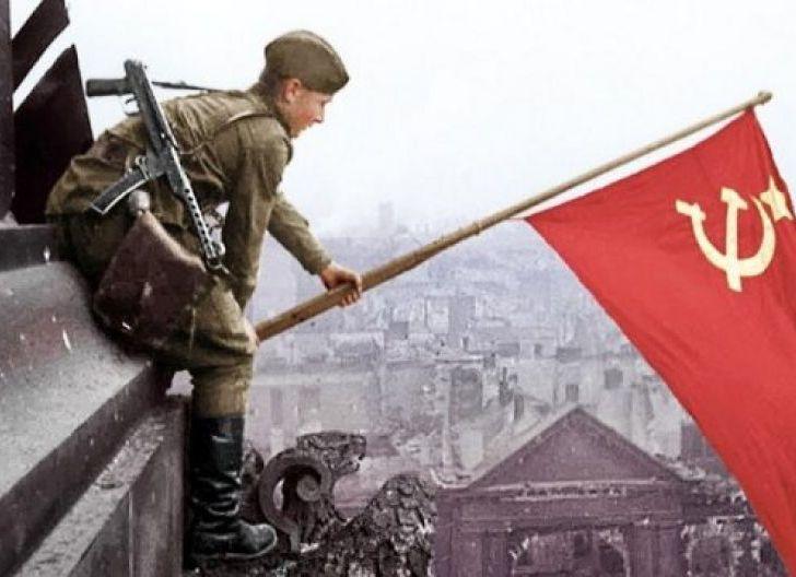 Photo of Raibnya Jack Ma: Gelagat Runtuhnya Komunis, Tiongkok Susul Uni Soviet? (Bagian II)