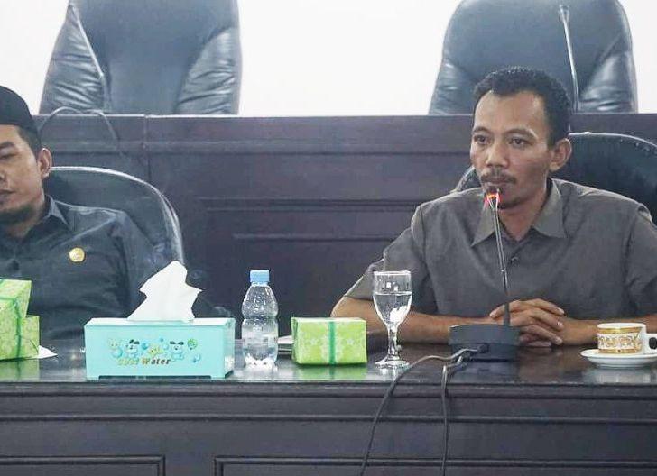 Photo of DPRD Kayong Utara Kesal Gara-gara Dana Alokasi Khusus,Usulkan Rp100 M Hanya Diakomodir Rp7 M