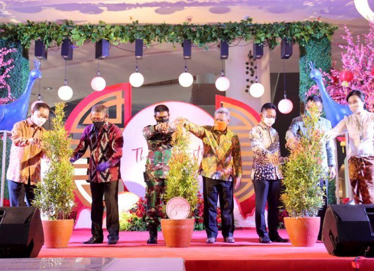 Photo of Bersama Gubernur Kalbar, Pangdam XII/Tpr Resmikan GAIA Bumi Raya City Mall