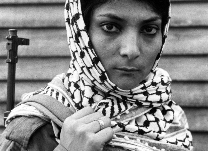 Photo of Leila Khaled, Pembajak Pesawat dan 'Teroris'  Arab yang Ditakuti Amerika