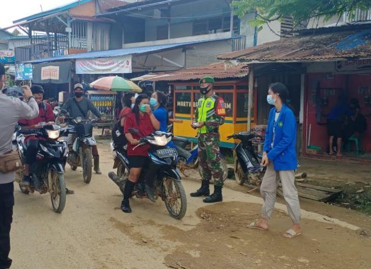Photo of KKM IKIP di Kayan Hilir Bantu Masyarakat Terapkan Protokol Kesehatan