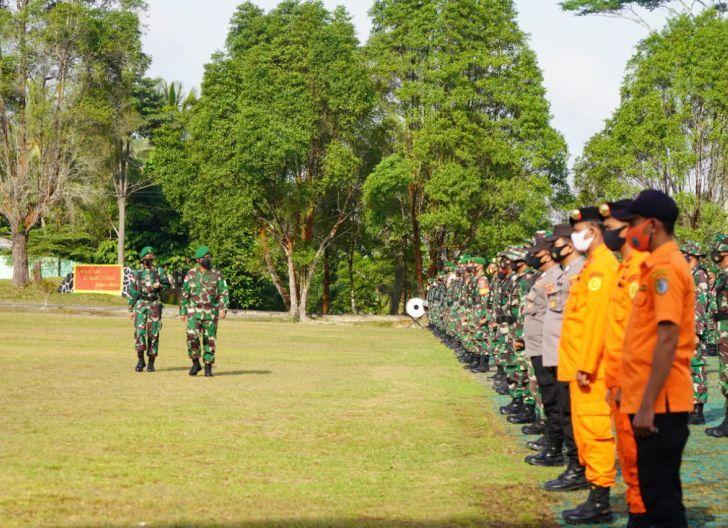 Photo of Antisipasi Bencana Alam, Korem 121/Abw Gelar Pasukan Pemukul Reaksi Cepat Penanggulangan Bencana