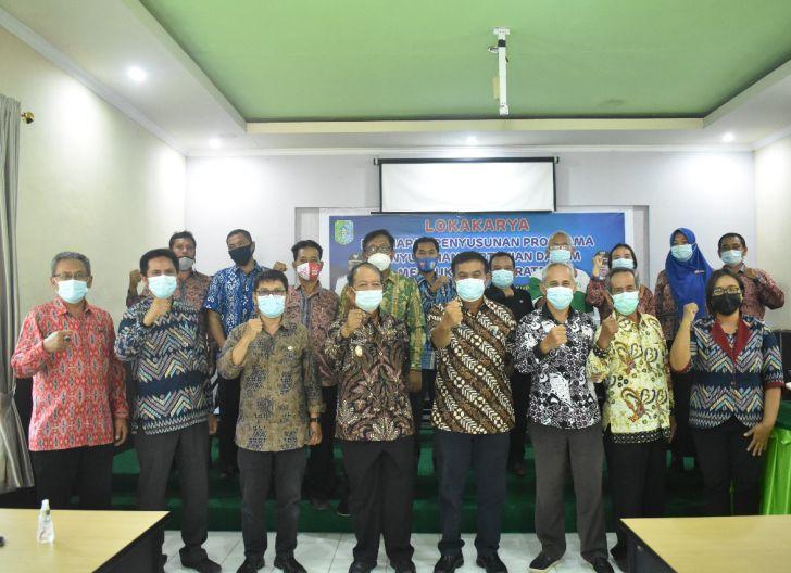 Photo of Buka Lokakarya Persiapan Penyusunan Penyuluhan Pertanian, Sudiyanto Harap Program Terukur-Bertanggung Jawab