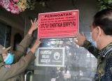 Photo of Jadi Lokasi 'Bisnis Lendir', Pemkot Pontianak Segel Wisma Nusantara
