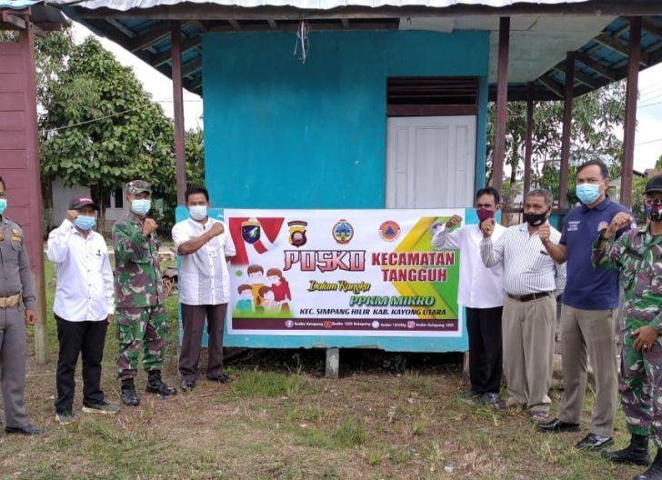 Photo of Danramil Simpang Hilir Turun ke Kampung Maksimalkan PPKM Mikro
