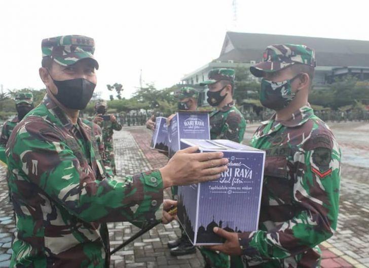 Photo of Pangdam XII/Tpr Ingatkan Seluruh Prajurit dan PNS Tetap Waspadai Covid-19