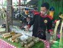 Hari Terakhir Puasa, Warga Padati Pasar Tradisional di Pontianak
