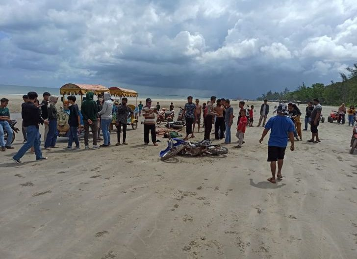 Photo of Aksi Freestyle Motor di Lokasi Pantai Berujung Maut, Satu Remaja Tewas Ditempat