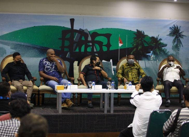 Photo of Yorrys: Revisi UU Otsus Solusi Sejahteralan Ralyat Papua