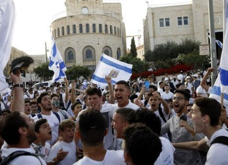 Photo of Pawai Yahudi Israel Masuk Yerusalem, Hamas Ancam Perang Besar