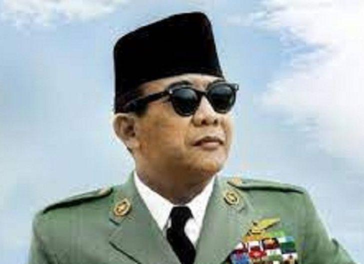 Photo of SBY, Unhan Anugerahi Megawati Profesor, Rekonsiliasi TNI dengan Soekarno Pasca 1965