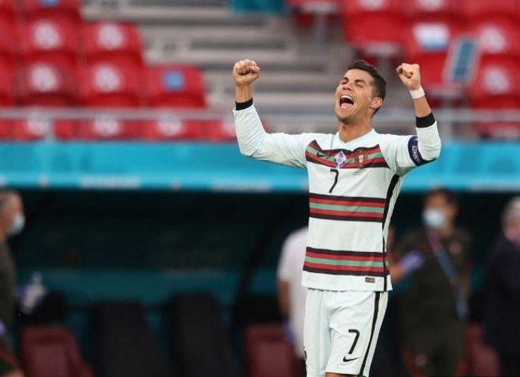 Photo of Cetak 11 Goll di Ajang Piala Eropa, Cristiano Ronaldo Lewati Rekor Michel Platini sebagai Top SKor