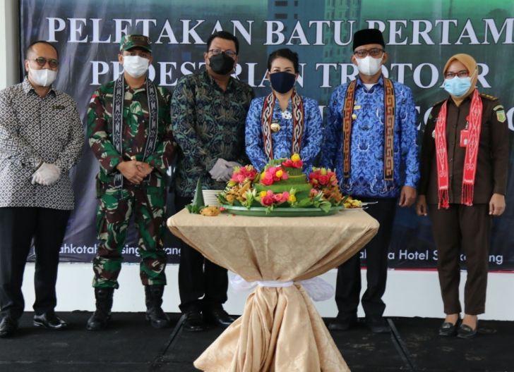 Photo of Hotel Mahkota Singkawang Laksanakan Disinsentif Perda RTRW