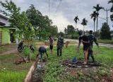 Photo of Brigif 19/Kh Gotong-Royong Bersihkan Parit Saluran Air